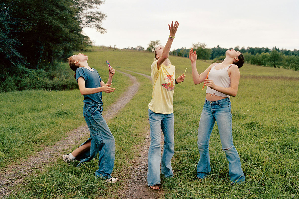 Candy Toss, 2000, from Girl Pictures (Aperture, 2020) © Justine Kurland
