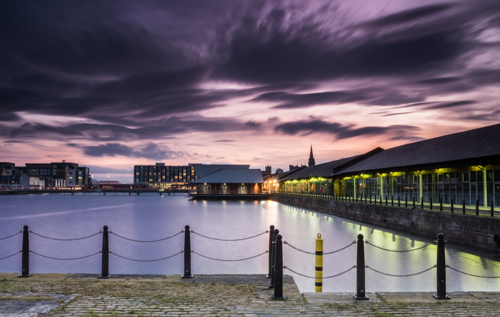 The Waterfront, Dundee © Neil Williamson