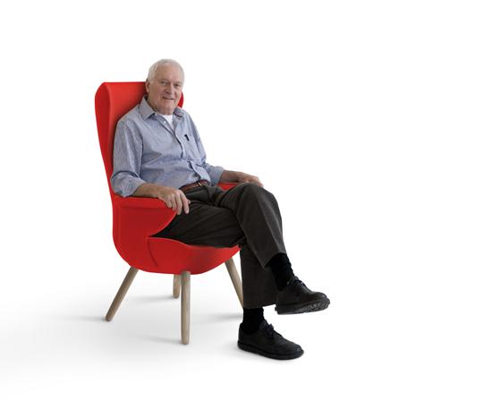 110526_KG-Chair-Bright-Red-Ken-bearbeitet