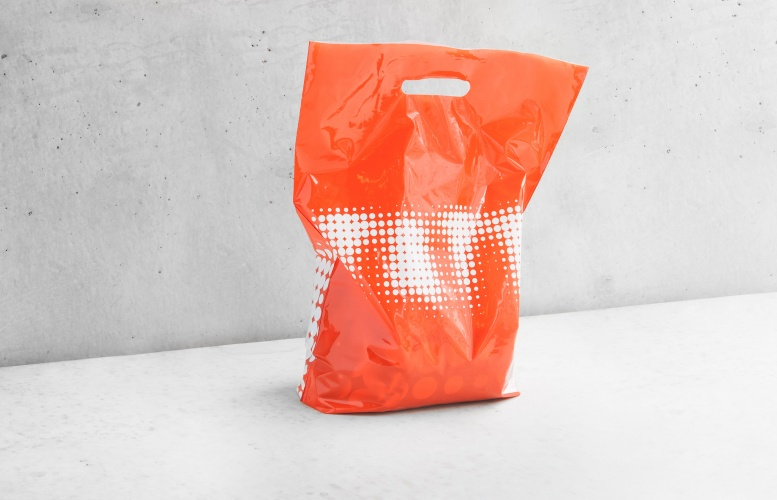 North_Tate_016_Carrier-Bag