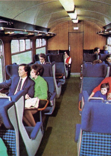 x-mark-2-interior-with-straub-1969-70-dl-scan