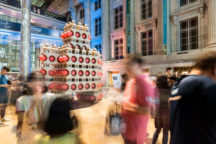 noa-haim_-national-gallery-singapore-_pagodas-robot_001-lr