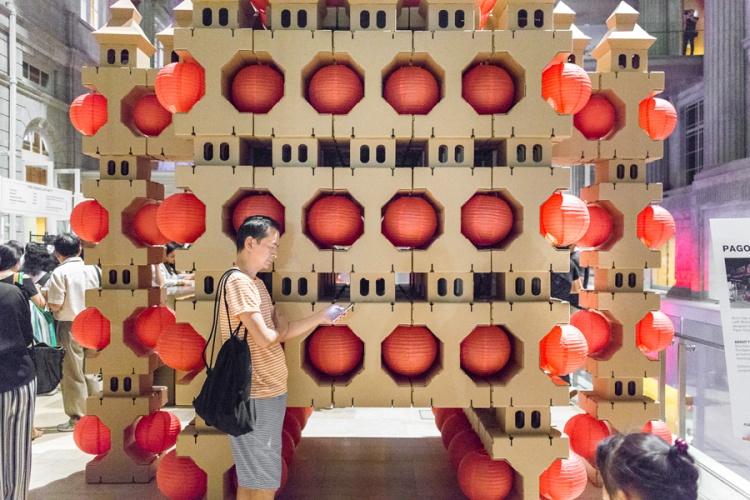 noa-haim_-national-gallery-singapore-_pagodas-robot_007-lr