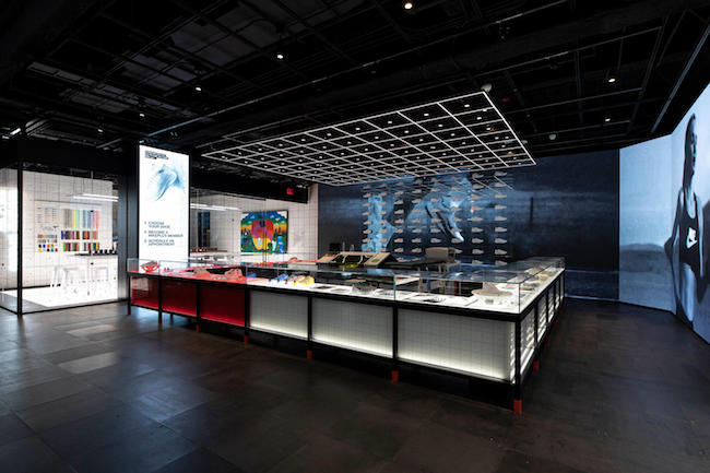 contraste marido dignidad  Nike's new NYC store raises the bar for customized shopping experiences –  Econsultancy
