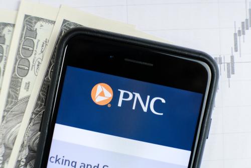 PNC mobile - image via ilikeyellow / Shutterstock.com