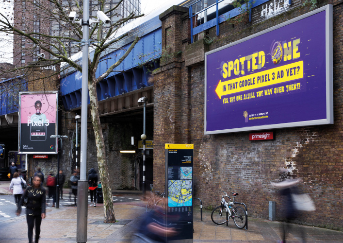 Cadbury White Creme Egg hunt on OOH advertising billboard in London