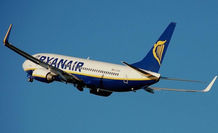 ryanair-plane-2014