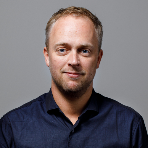 Dr. Jelle van Veenen