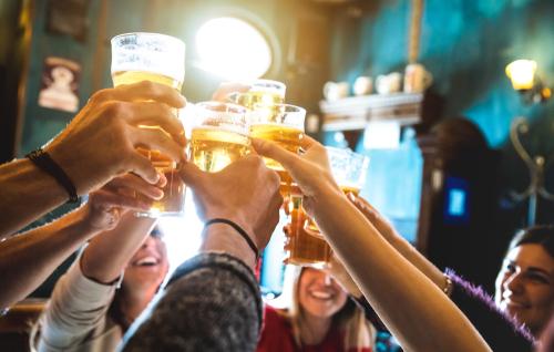 pub drinking